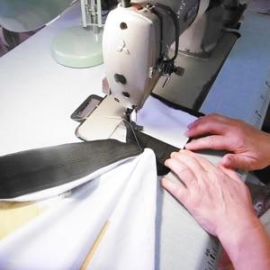 Oriflammes couture finition découpe