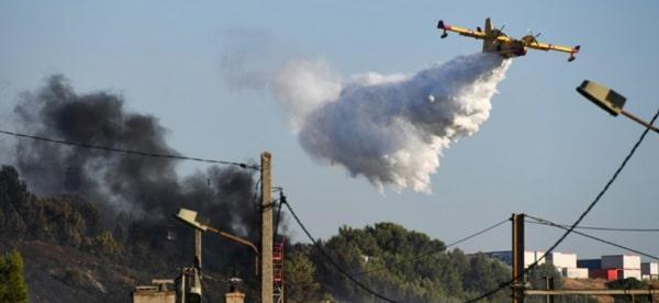 Information France Banderole Incendie Vitrolles 10 juillet