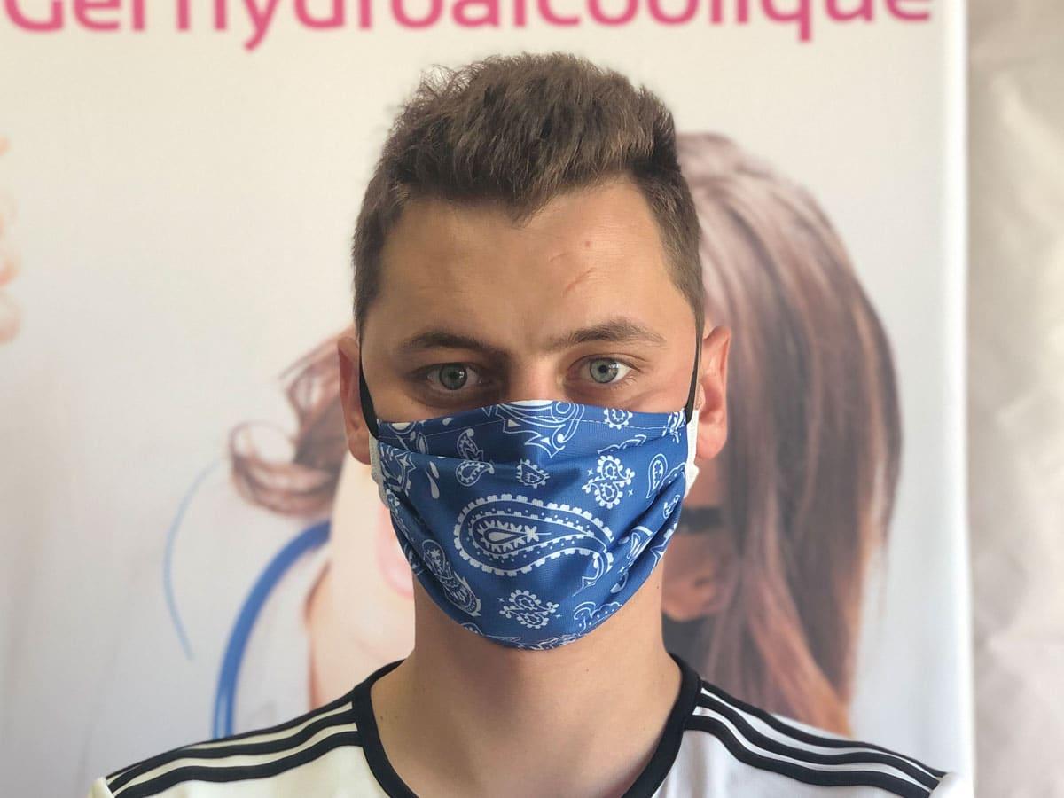 masque barrière bandana bleu lutte covid-19 coronavirus