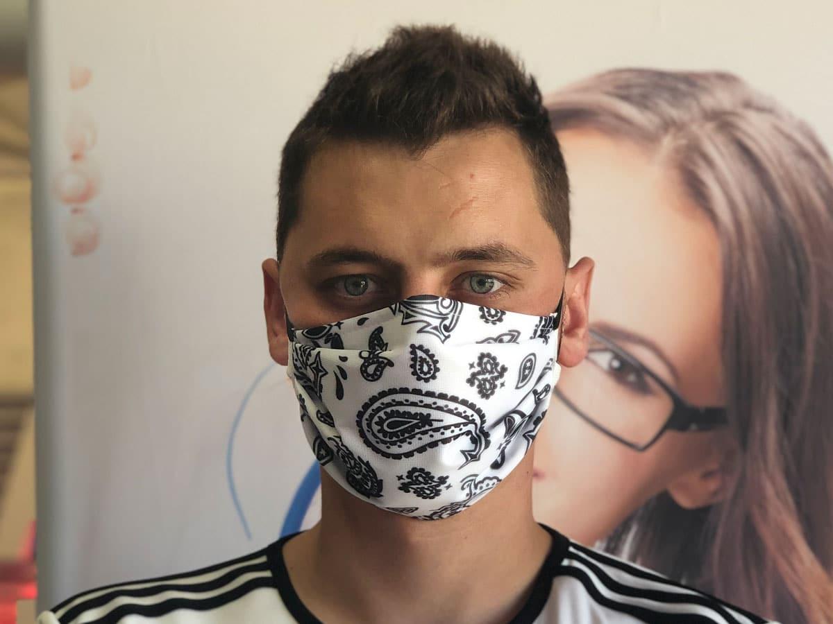 masque barrière bandana blanc lutte covid-19 coronavirus