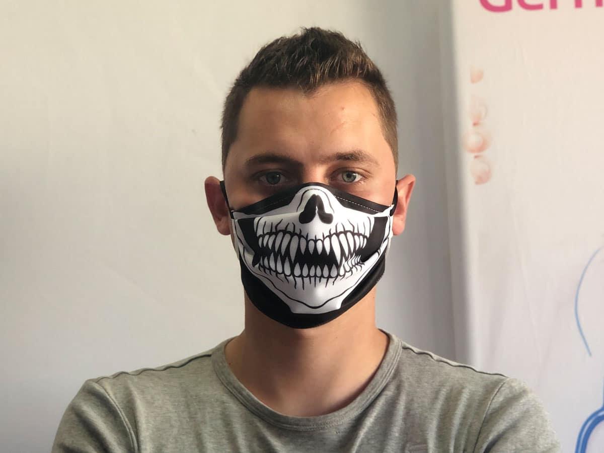 masque barriere imprimé squelette réutilisable lavable 20 fois