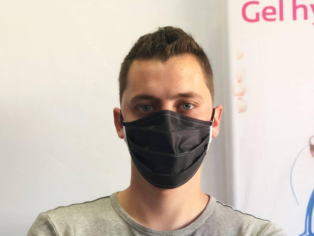 masque barriere noir réutilisable lavable en machine